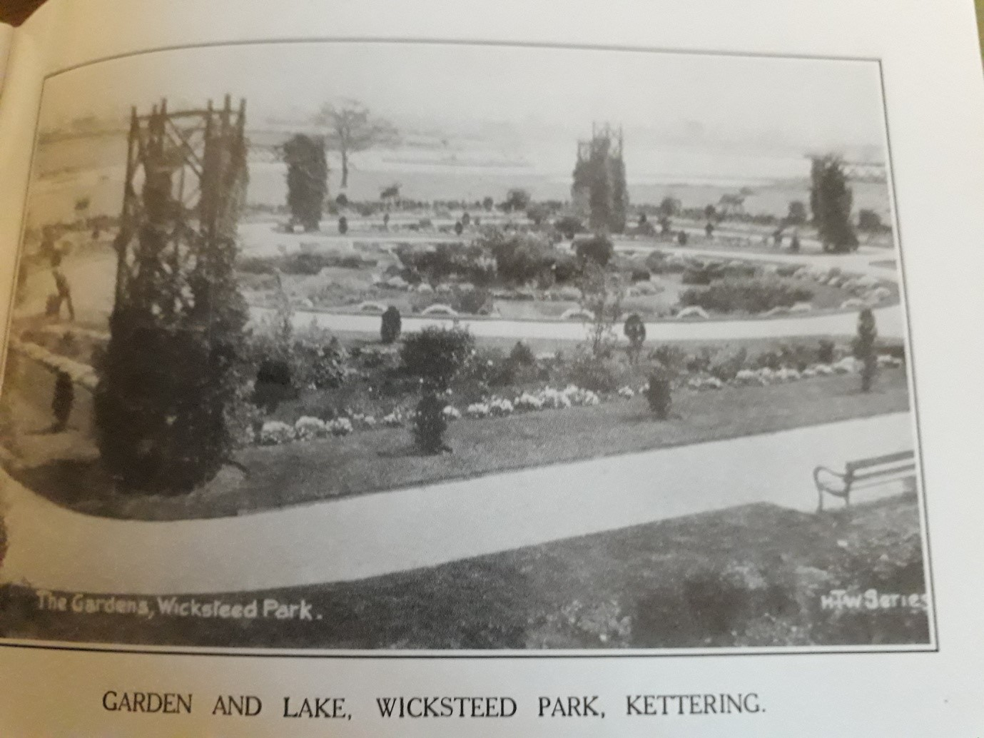 Photo of Garden and Lake, Wicksteed Park